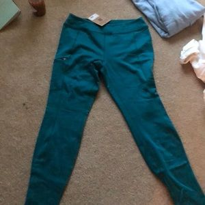 Patagonia thick stretchy leggings
